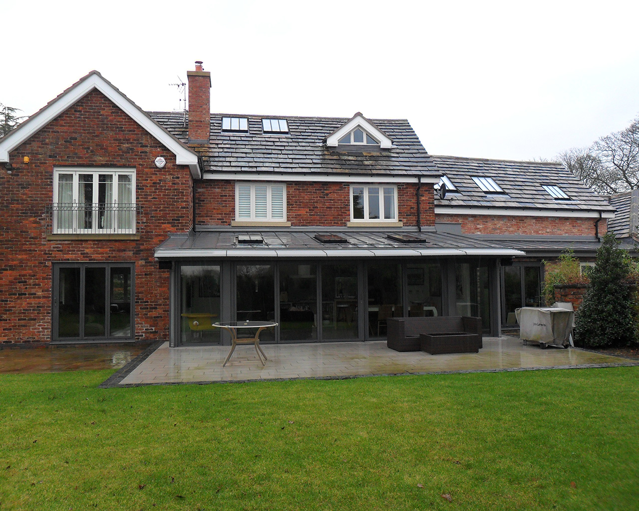 Five Bedroomed Luxury Referbishment (Cheshire)